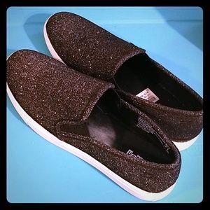 NWT Brash Black Silver Glitter - Chill Sneaker